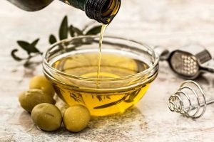 Picture of olives and olive oil
